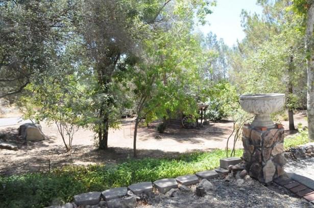 43135 Deer Trail Court, Coarsegold, CA - USA (photo 5)