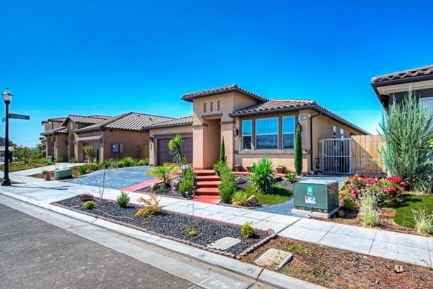 5667 N Tisha Avenue, Fresno, CA - USA (photo 2)