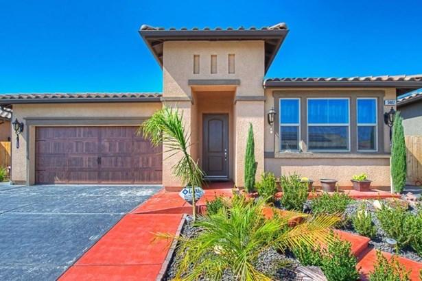 5667 N Tisha Avenue, Fresno, CA - USA (photo 5)