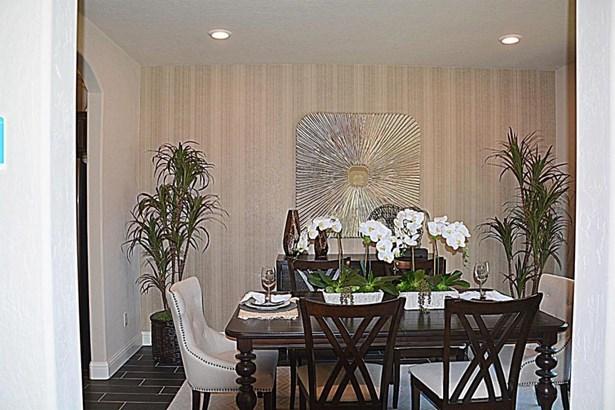 1638 W Crystal Avenue 32, Visalia, CA - USA (photo 4)