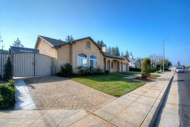 1792 Morris Avenue, Clovis, CA - USA (photo 2)