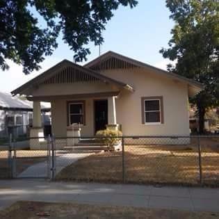 2260 E Lewis Avenue, Fresno, CA - USA (photo 1)