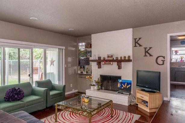 1246 E San Bruno Avenue, Fresno, CA - USA (photo 5)