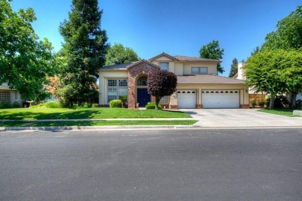 2277 Goshen Avenue, Clovis, CA - USA (photo 2)