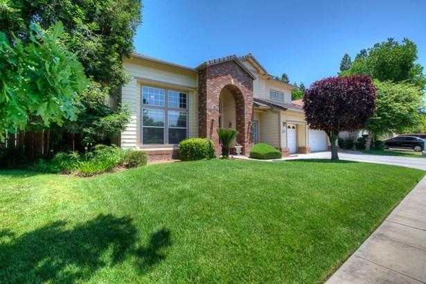 2277 Goshen Avenue, Clovis, CA - USA (photo 3)