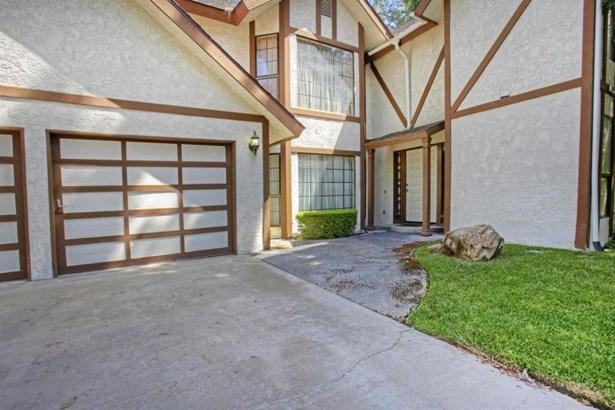 849 E Ashcroft Avenue, Fresno, CA - USA (photo 5)