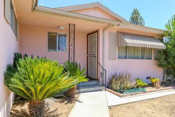 2739 Fine Avenue, Clovis, CA - USA (photo 2)