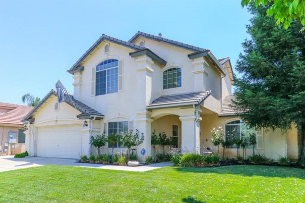 63 N Anderson Avenue, Clovis, CA - USA (photo 2)