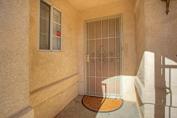 1394 E Palisade Drive, Fresno, CA - USA (photo 5)