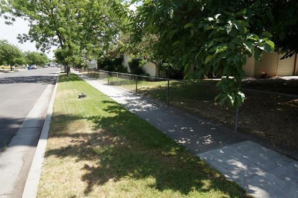4358 N Pleasant Avenue, Fresno, CA - USA (photo 4)