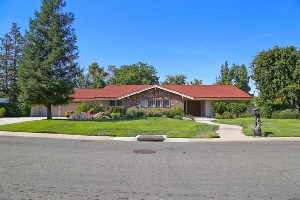 2038 S Claremont Avenue, Fresno, CA - USA (photo 1)
