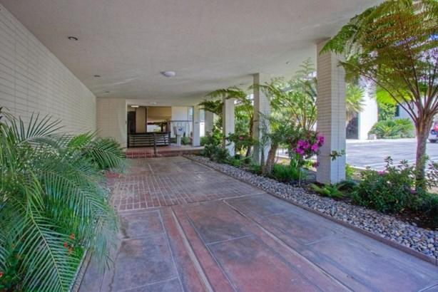 5180 N Wishon Avenue 206, Fresno, CA - USA (photo 2)