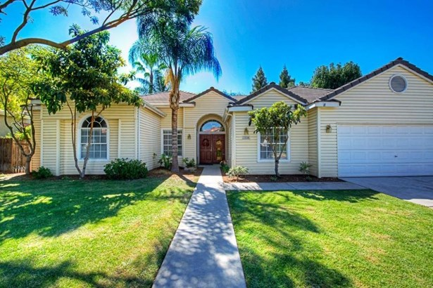 2330 Houston Avenue, Clovis, CA - USA (photo 1)