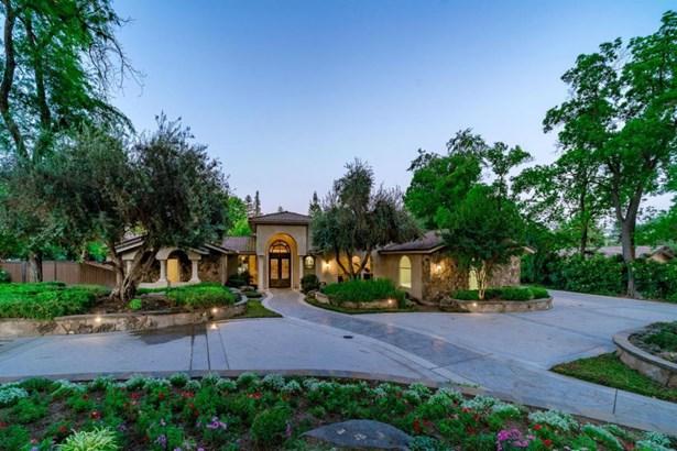 6440 N Sequoia Avenue, Fresno, CA - USA (photo 1)