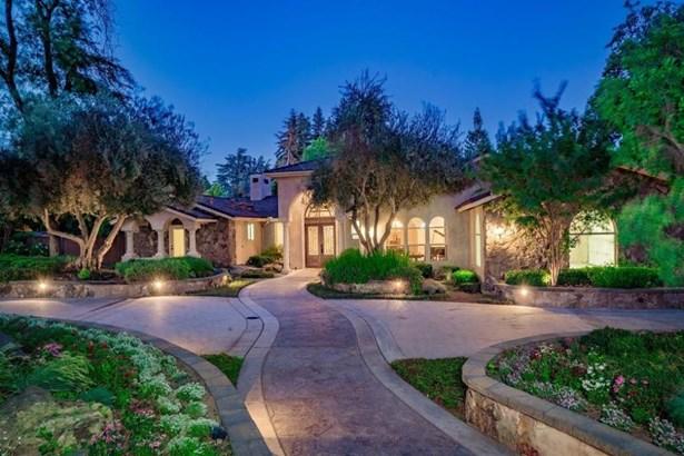 6440 N Sequoia Avenue, Fresno, CA - USA (photo 2)