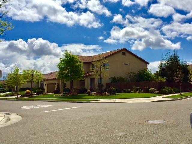 2547 W Tyler Avenue, Visalia, CA - USA (photo 2)