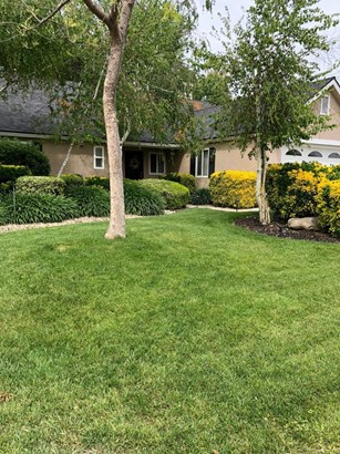 2062 E Cromwell Avenue, Fresno, CA - USA (photo 1)