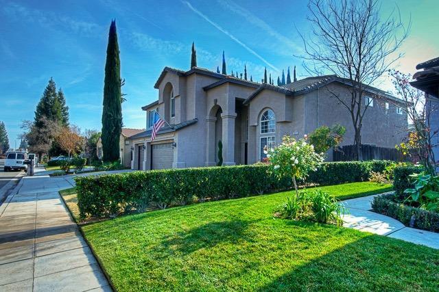2075 W Fir Avenue, Fresno, CA - USA (photo 1)