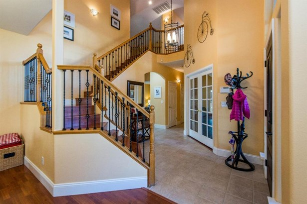 2582 Bellaire Way, Clovis, CA - USA (photo 4)