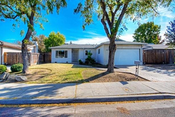 1703 Burgan Avenue, Clovis, CA - USA (photo 1)