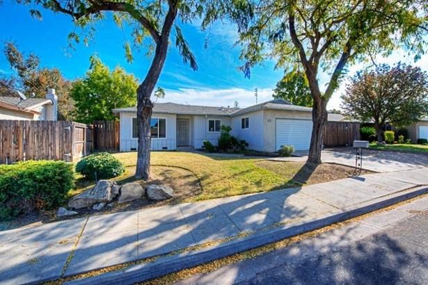 1703 Burgan Avenue, Clovis, CA - USA (photo 2)