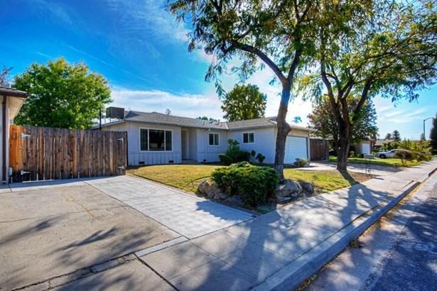 1703 Burgan Avenue, Clovis, CA - USA (photo 3)