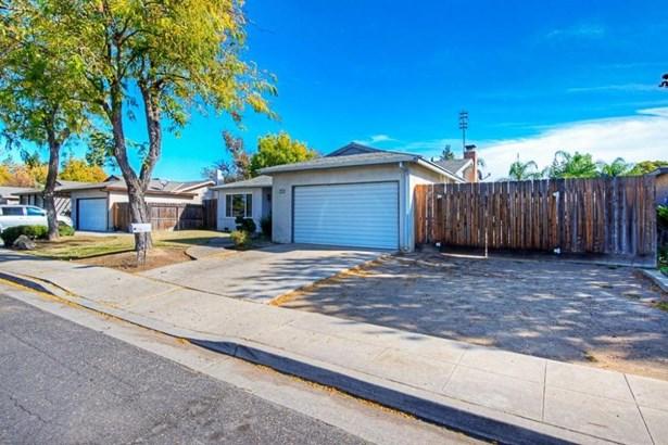 1703 Burgan Avenue, Clovis, CA - USA (photo 4)