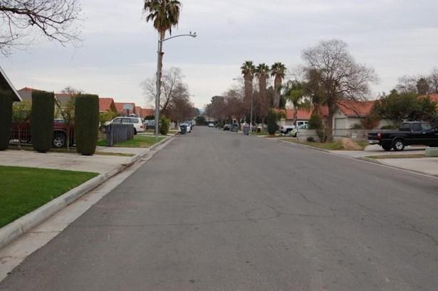 5235 E Hammond Avenue, Fresno, CA - USA (photo 3)
