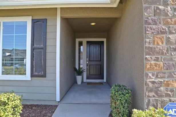 6676 E Dayton Avenue, Fresno, CA - USA (photo 3)