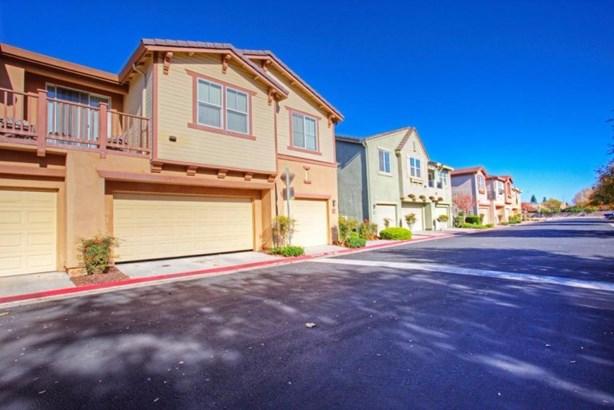 2095 Boccioni Lane, Clovis, CA - USA (photo 2)
