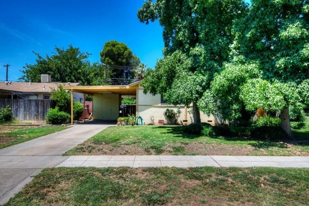 4313 N Brooks Avenue, Fresno, CA - USA (photo 1)