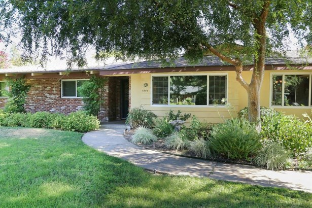 1544 W Scott Avenue, Fresno, CA - USA (photo 4)