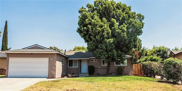 256 W Richert Avenue, Clovis, CA - USA (photo 1)