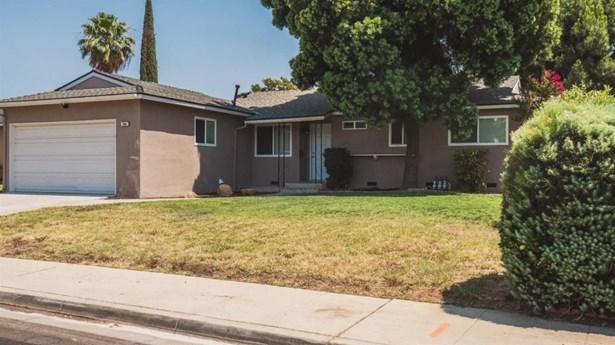 256 W Richert Avenue, Clovis, CA - USA (photo 2)