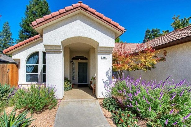 681 W Birch Avenue, Clovis, CA - USA (photo 2)