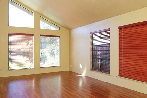 8328 N Raisina Avenue, Fresno, CA - USA (photo 4)