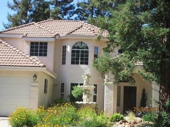 1294 E Omaha Avenue, Fresno, CA - USA (photo 1)