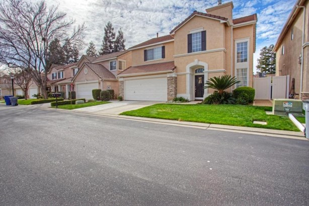 7530 N Trellis Circle, Fresno, CA - USA (photo 3)
