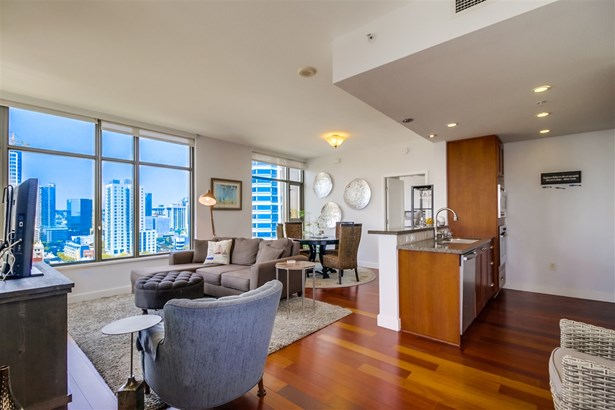 Contemporary, All Other Attached - San Diego, CA (photo 5)