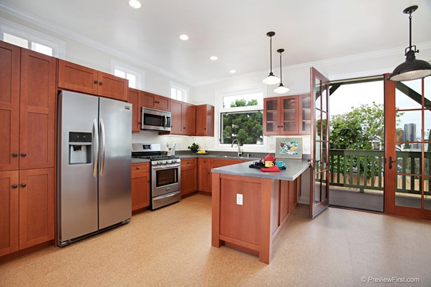 Craftsman/Bungalow, All Other Attached - San Diego, CA (photo 1)