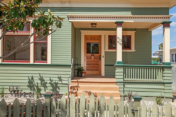 Craftsman/Bungalow, All Other Attached - San Diego, CA (photo 2)