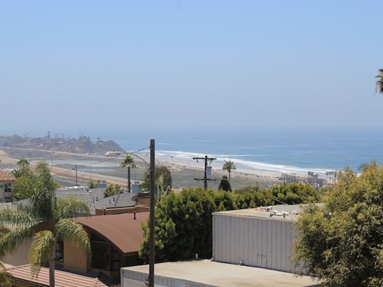 Twinhome, Contemporary - Cardiff by the Sea, CA (photo 2)
