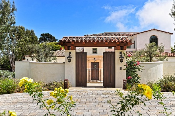 Detached, Custom Built - La Jolla, CA (photo 4)