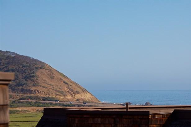 Cape Cod, Townhome - Del Mar, CA (photo 2)
