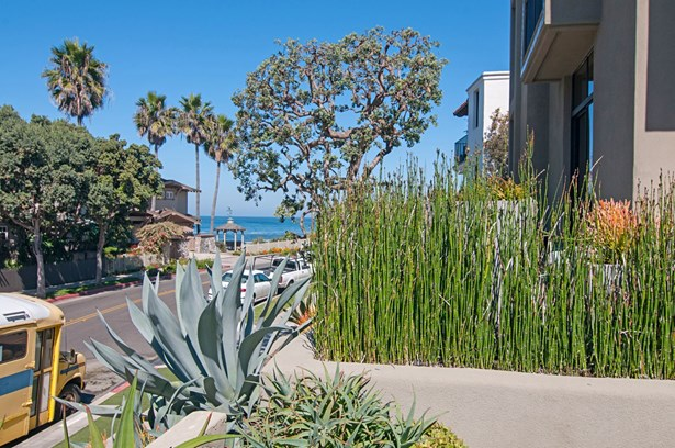 All Other Attached, Modern - La Jolla, CA (photo 4)