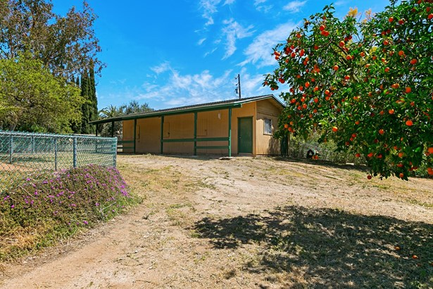 Ranch, Detached - Escondido, CA (photo 3)