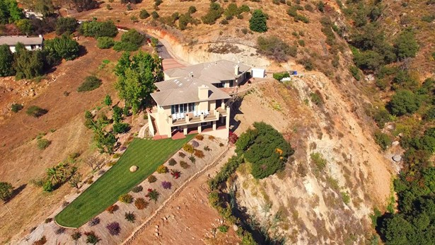 Contemporary, Detached - Fallbrook, CA (photo 1)
