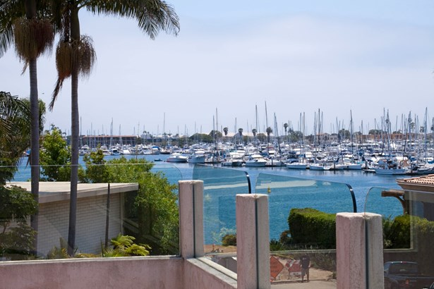 Detached - San Diego, CA (photo 3)