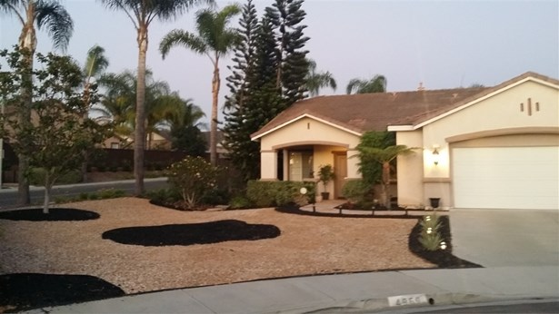 Traditional, Detached - Oceanside, CA (photo 4)