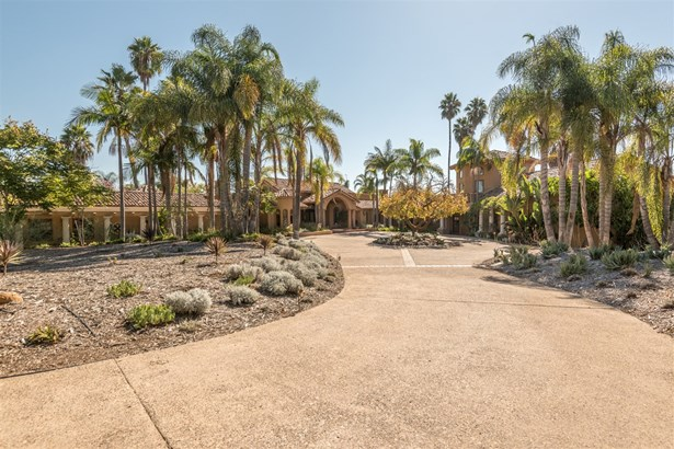 Detached - Rancho Santa Fe, CA (photo 2)